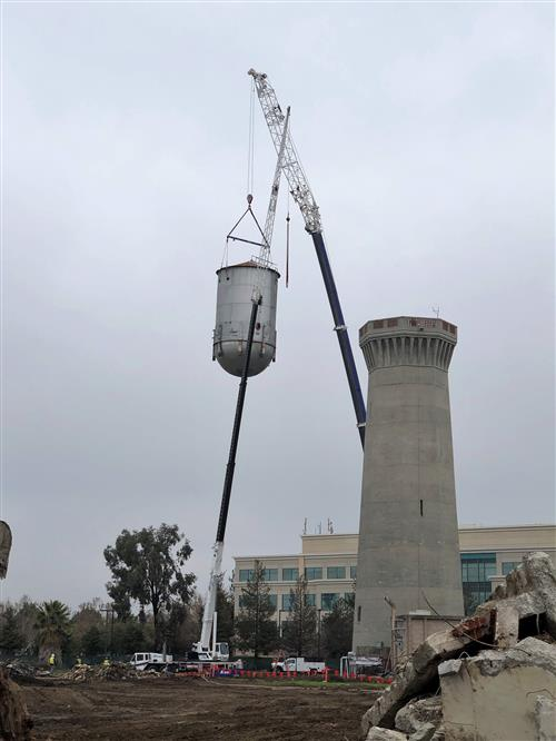 Water tank removal from water tower